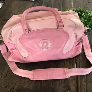 LULULEMON gym/overnighter bag